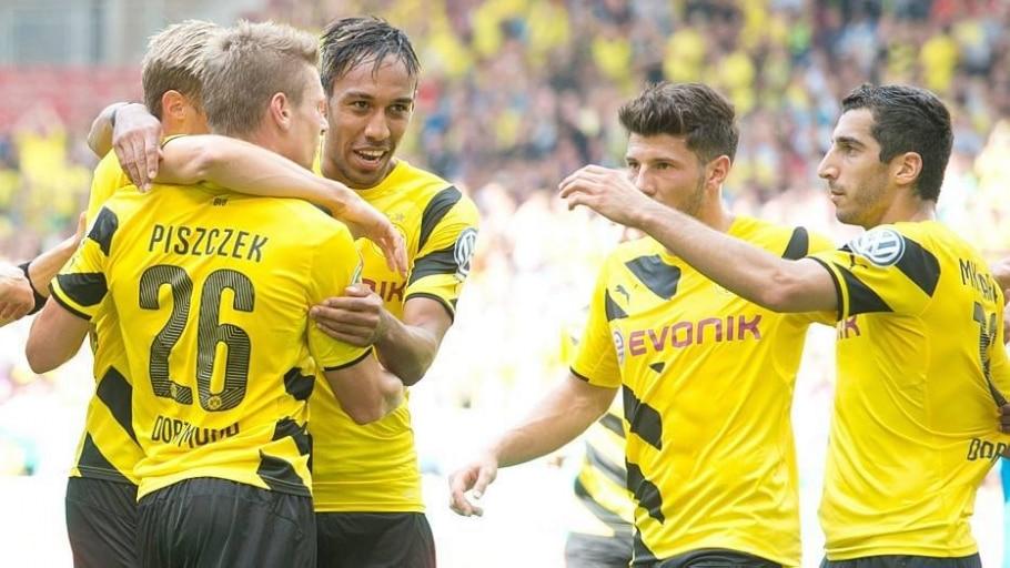 Borussia Dortmund goleia e avança de fase na Copa da Alemanha - Sebastian Kahnert/EFE