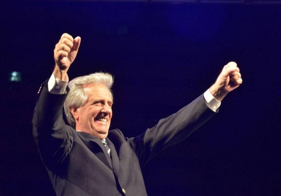 Candidato governista de esquerda vence eleição presidencial do Uruguai - Carlos Pazos/Reuters