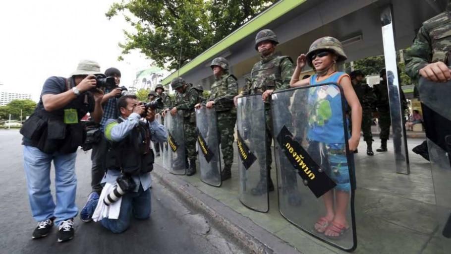 Militares tomaram o poder e seguem nas ruas do país - Wason Wanichakorn/AP