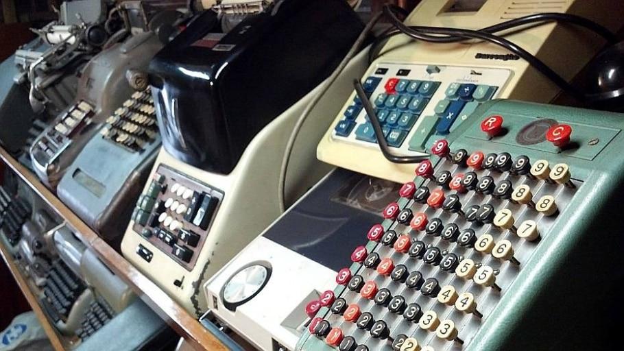 A história de um mecanógrafo e de um colecionador de máquinas de escrever - CEE/Estadão