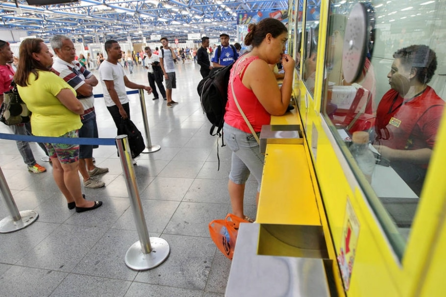 Tarifa de ônibus sobe 12,93% na região metropolitana do Recife -