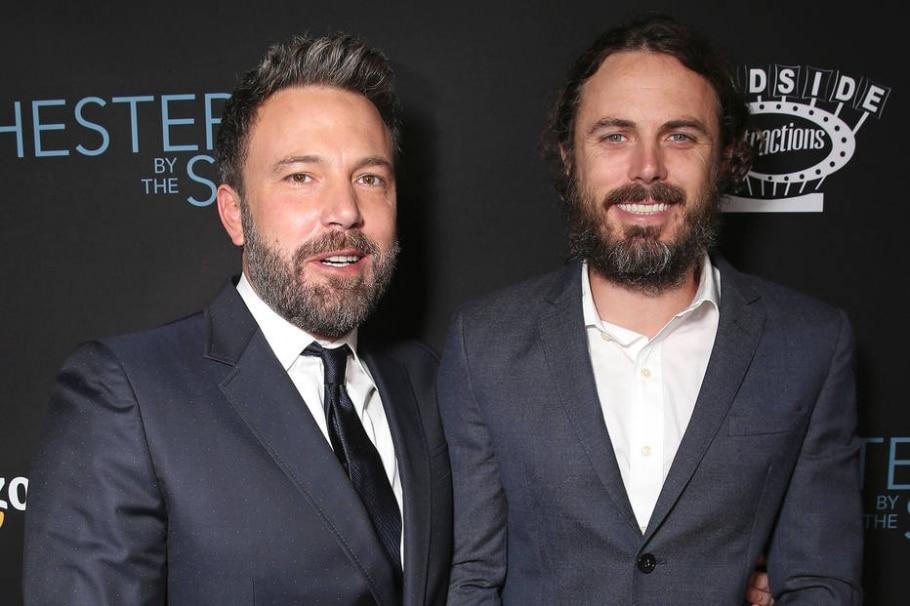 Ben e Casey Affleck, que disputa o Oscar 2017 de ator por 'Manchester à Beira-Mar' - TODD WILLIAMSON/GETTY IMAGES