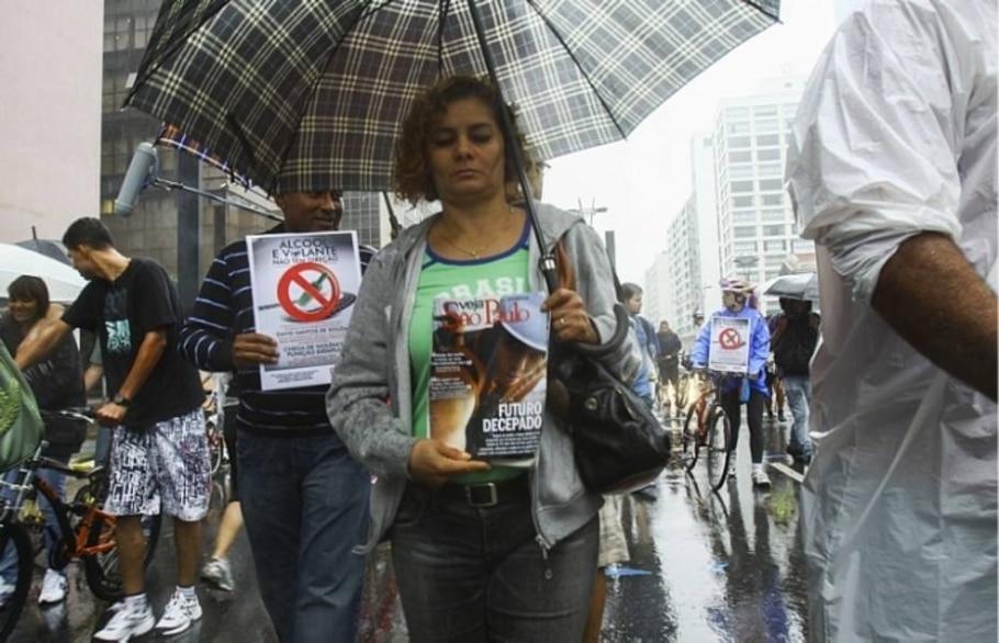 Protesto em solidariedade ao incidente que feriu ciclista - JB Neto/AE