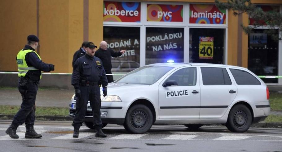 Tiroteio em restaurante na República Tcheca deixa ao menos oito mortos - AP