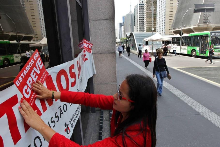 Sem acordo salarial, bancários de todo o País entram em greve - CLAYTON DE SOUZA/ESTADÃO