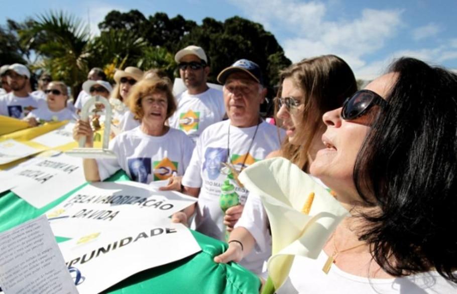Parentes de vítimas de ação da polícia protestam em SP - Felipe Rau/AE
