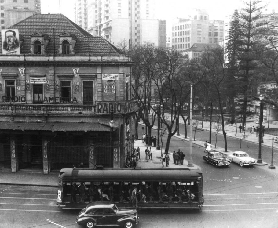 Bondes em São Paulo - Antônio Aguillar/Estadão