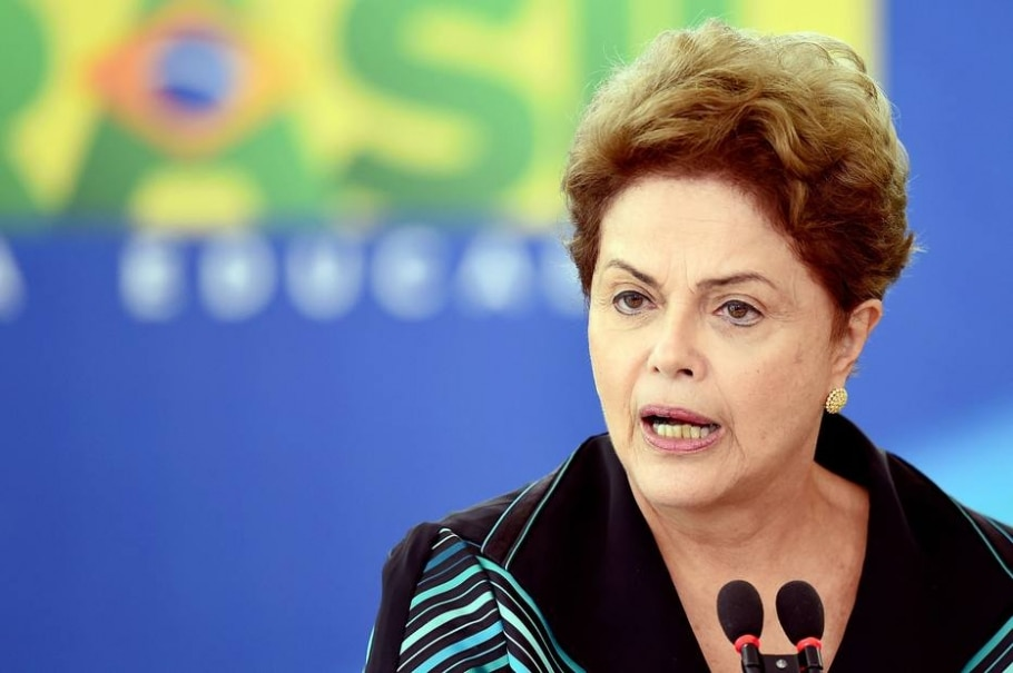 Luta pela recuperação da Petrobrás é do meu governo, afirma Dilma - AFP