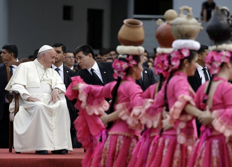 Papa na América Latina  - AP Photo/Gregorio Borgia