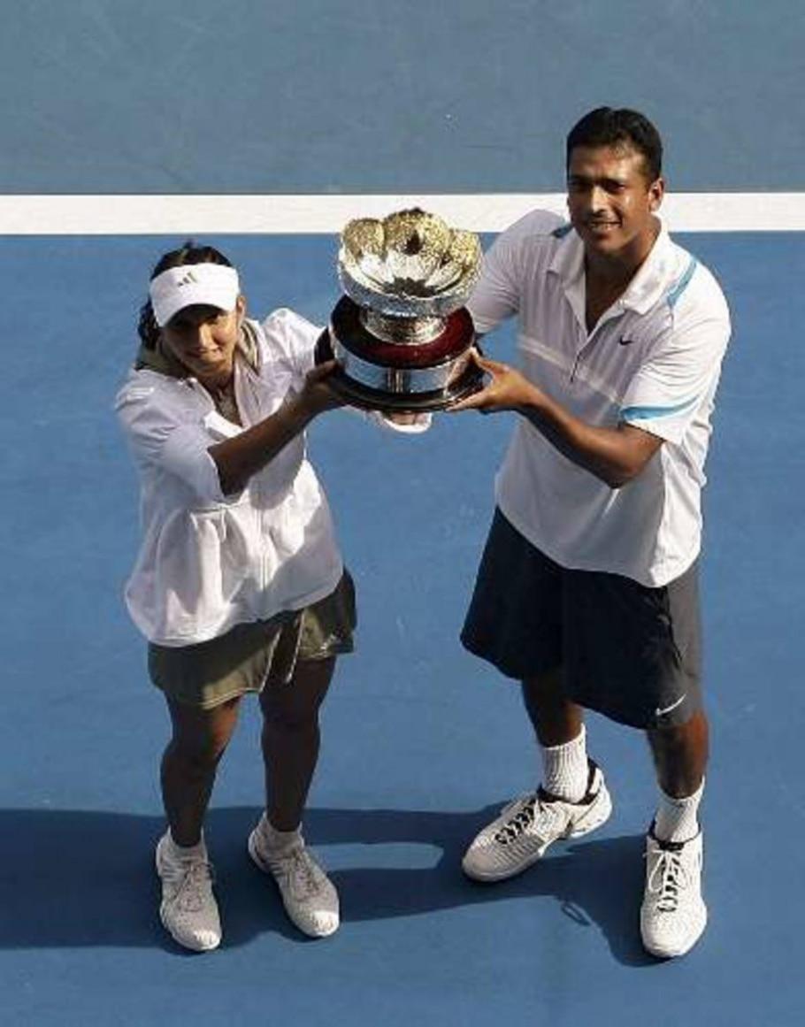 Sania Mirza e Mahesh Bhupathi, campeões das duplas mistas na Austrália -