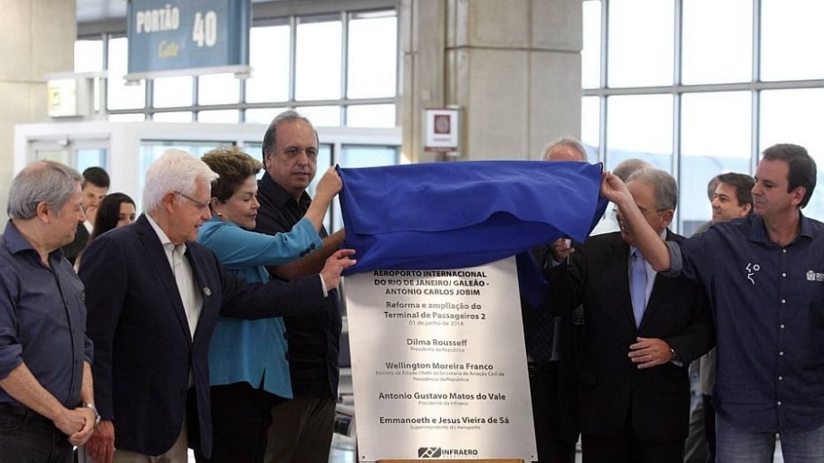 Dilma inaugura obra inacabada no Aeroporto Internacional do Galeão - Marcos Arcoverde/Estadão