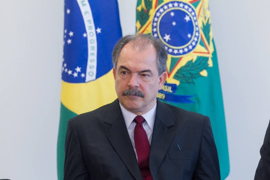 Não pode haver abuso na mensalidade do Fies, diz Mercadante - Ed Ferreira/Estadão
