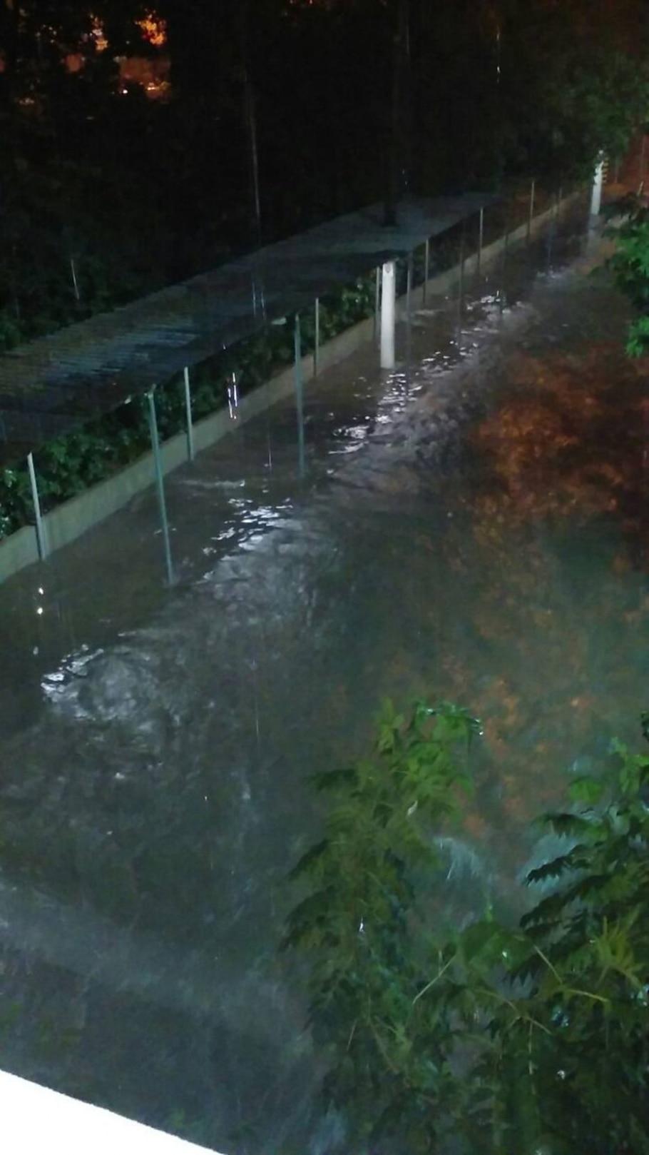 Em 6 horas, chuva em São Paulo foi maior do que a média para o mês e provocou alagamentos  - Fábio Araújo/ WhatsApp Estadão