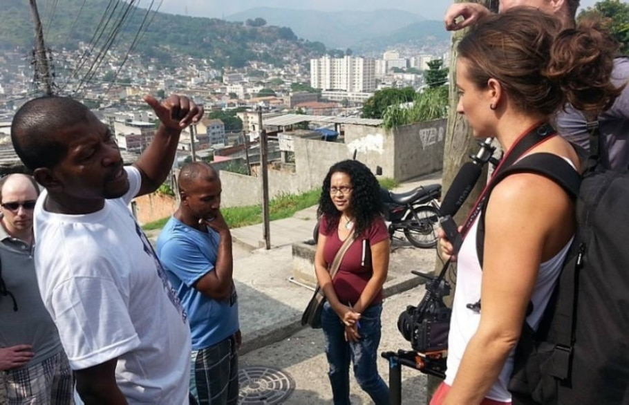 Polícia simula circunstâncias da morte de Cláudia Silva Ferreira, arrastada por viatura da PM - Wilton Júnior/Estadão