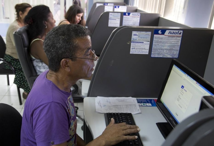 Internet em Cuba - Jose Goitia/The New York Times