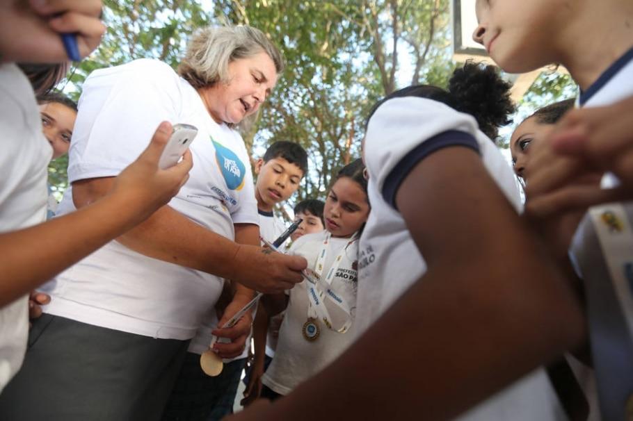 Branca no Esporte em Ação - Nilton Fukuda/Estadão