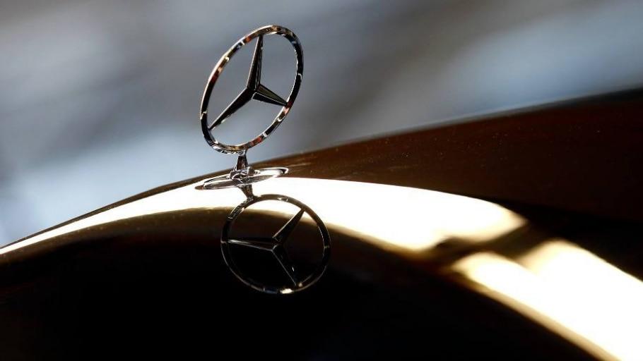Emblema da marca Mercedes - Michaela Rehle/Reuters
