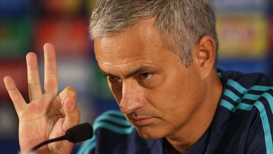 1 - Jose Mourinho - 844 milhões de euros (R$ 3.444 bilhões) - Reuters