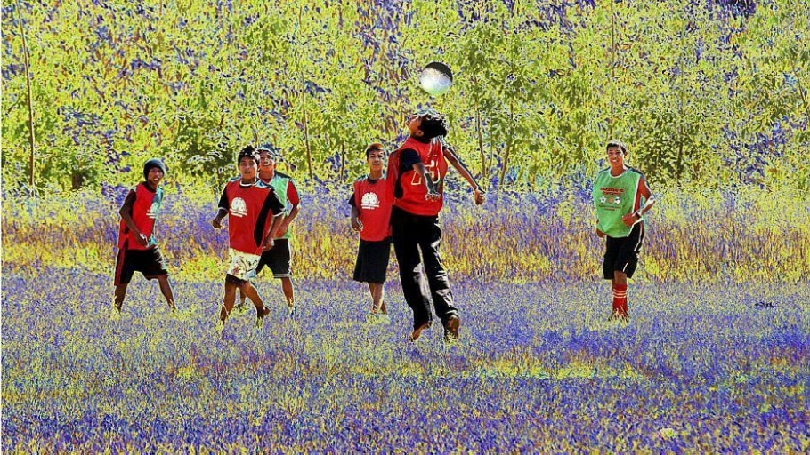 Fotógrafa retrata futebol dos índios em exposição - Divulgação