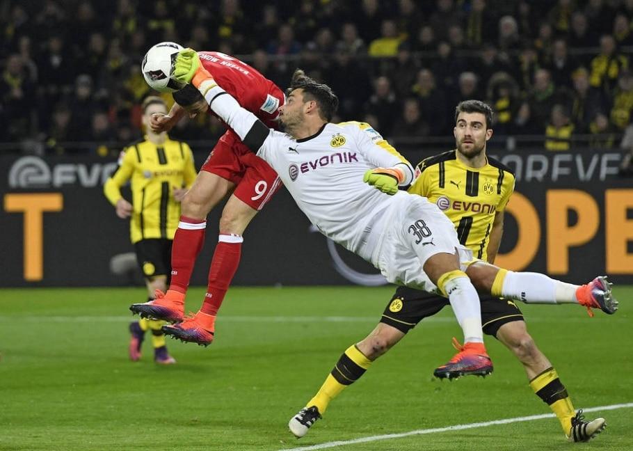 Roman Buerki, goleiro do Borussia Dortmund - AP Photo/Martin Meissner