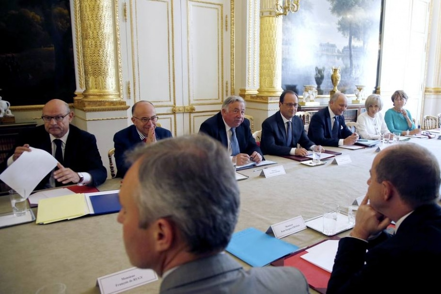 Reunião na França - CHARLES PLATIAU / AFP