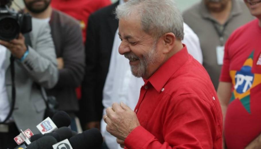 Ex-presidentes comparecem às urnas - Nilton Fukuda/Estadão