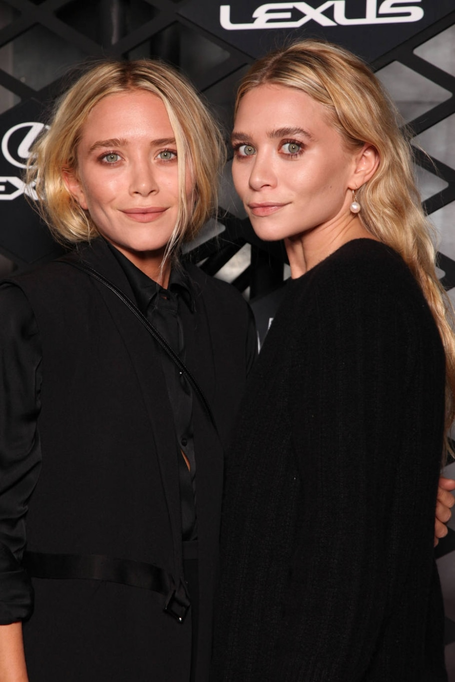 Mary-Kate e Ashley Olsen - Omar Vega/Invision for Lexus/AP Images