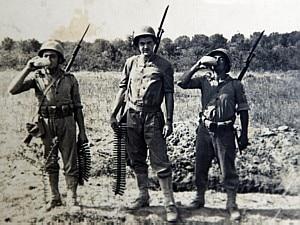 Ouça músicas criadas durante  a guerra