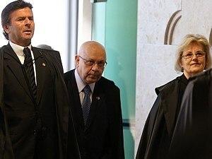 STF ABSOLVE OITO RÉUS DO MENSALÃO DO CRIME DE FORMAÇÃO DE QUADRILHA