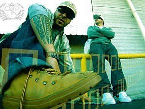 Duo formado por um argentino e um brasileiro mistura hip hop com soul  - Divulgação