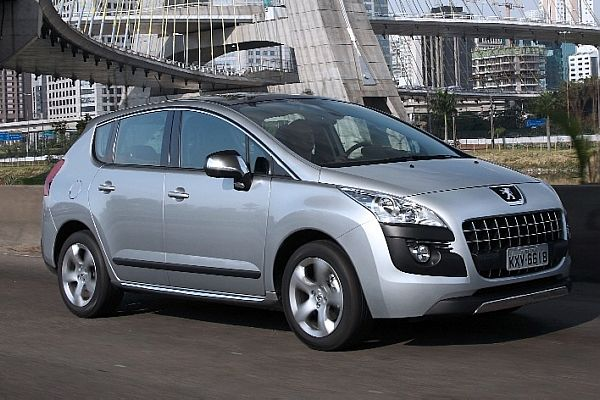 peugeot 3008 fica 9 cv mais potente jornal do carro estad o. Black Bedroom Furniture Sets. Home Design Ideas
