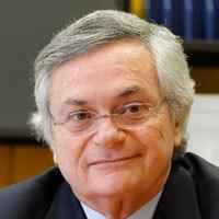 Imagem Moisés Naím