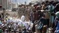 Fechamento de aeroporto de Cabul após atentado deixa milhares presos no Afeganistão