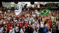 Professores da rede estadual de SP decidem entrar em greve