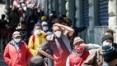 Programa que distribui marmitas a moradores de rua passa por mudanças e gera críticas de entidades