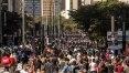 Paulista aberta após mais de um ano lota e atrai famílias com saudade, ambulantes e artistas