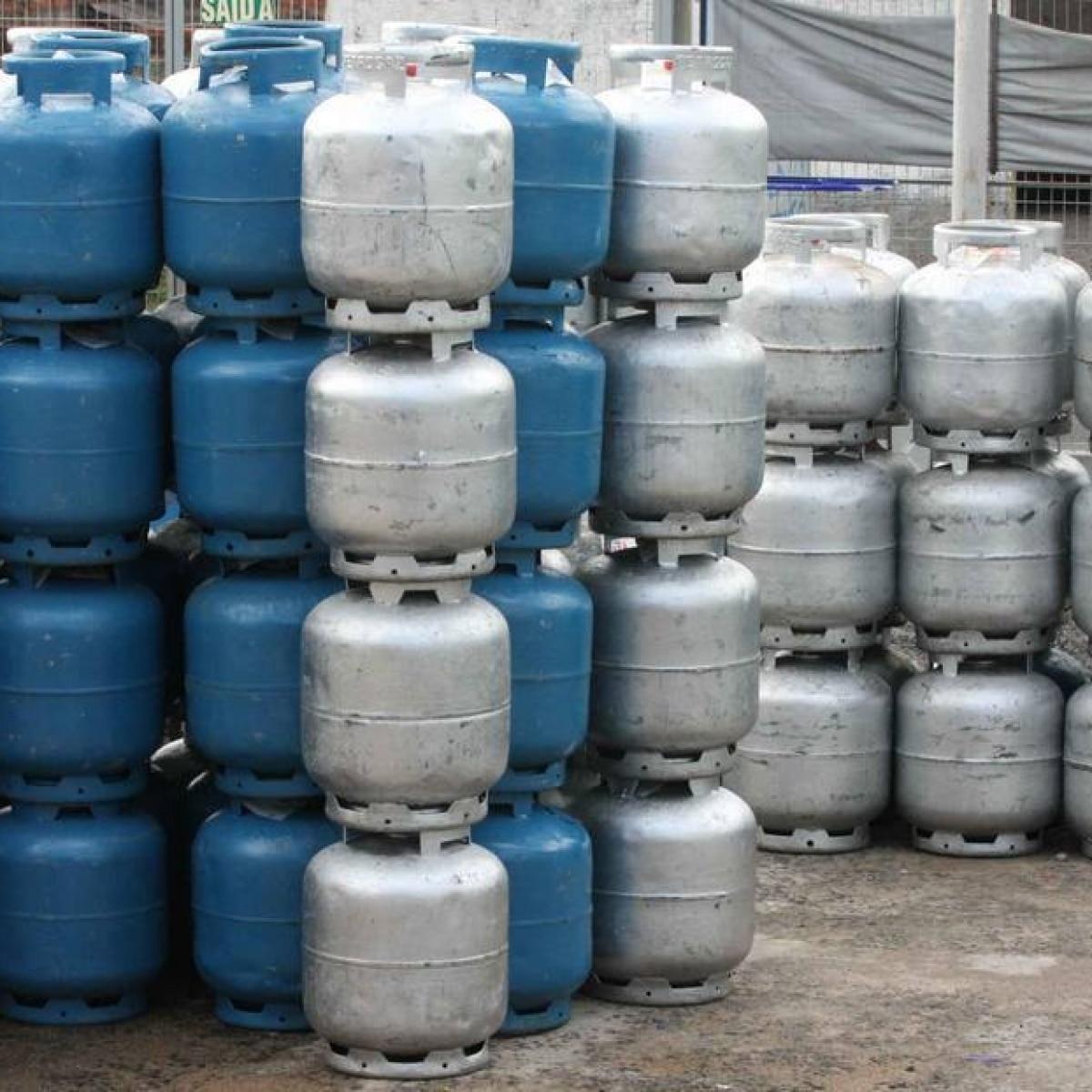 Petrobrás altera política de preços para botijão de gás - Economia - Estadão