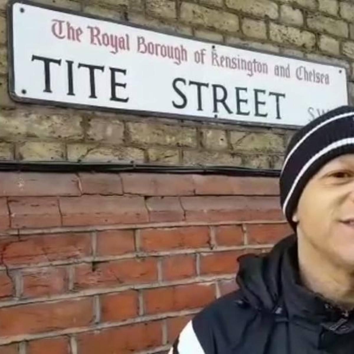 Torcedor emociona treinador com simpatia para hexa na  Tite Street  -  Futebol - Fera f11346ee50c51