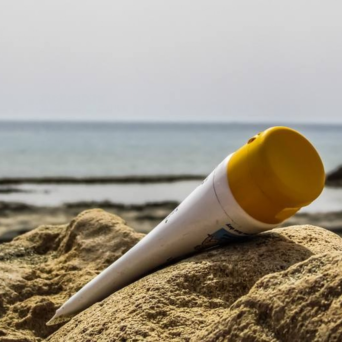Cinco marcas de protetor solar não passam em teste de qualidade - Emais -  Estadão af565148b0