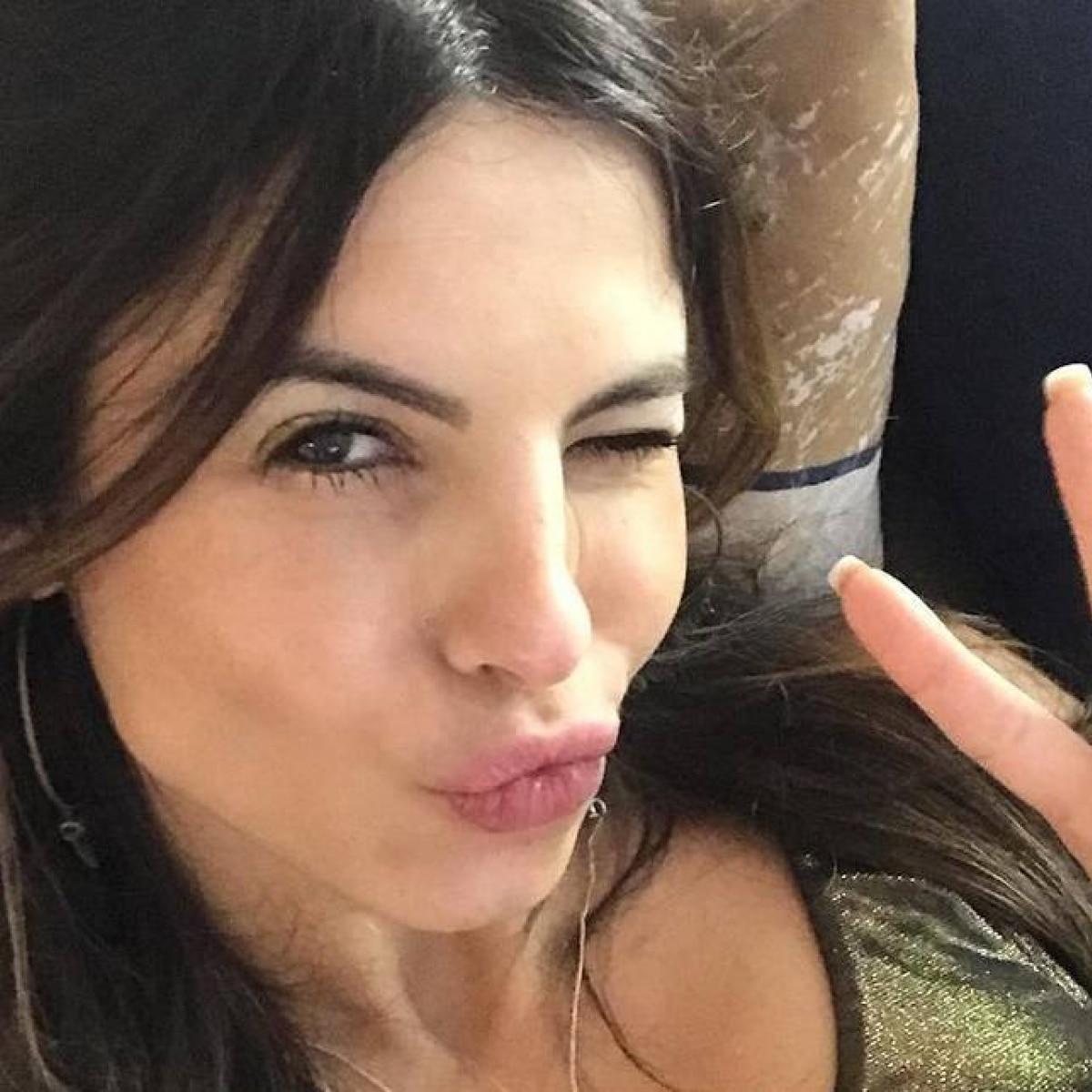 Atriz Lidi Lisboa sthefany brito estreia em 'jezabel', s�rie da record tv