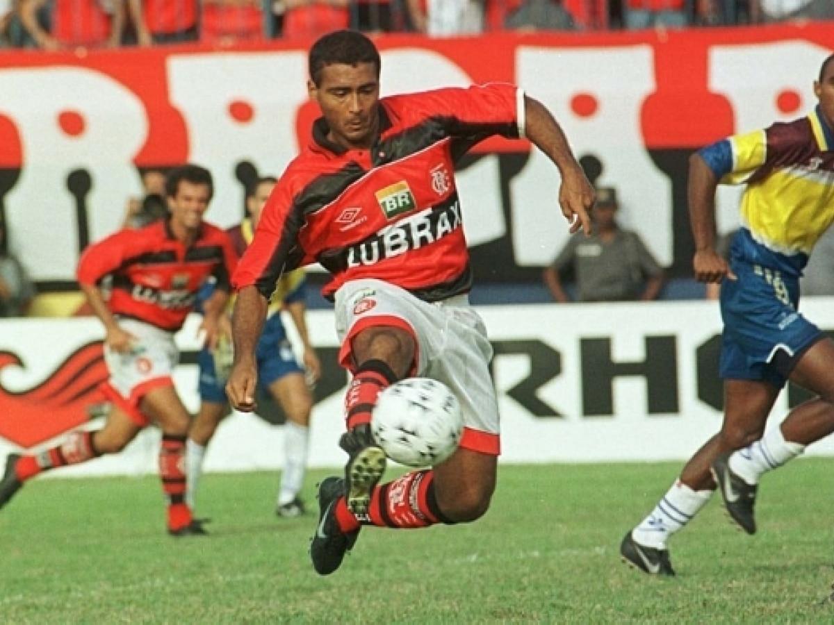 Em 2009, Romário foi condenado a pagar R$ 635 mil a Zagallo ...