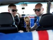 Dupla islandesa mostra espírito Viking viajando até a Rússia em um Lada