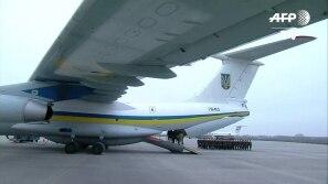 Corpos de vítimas de queda de avião chegam à...
