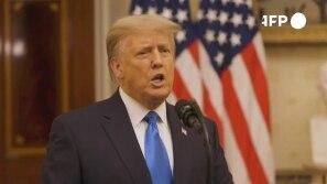 Trump pede aos EUA que 'rezem' pelo sucesso do...