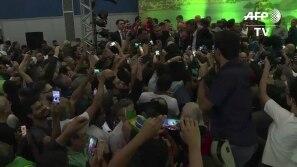 Jair Bolsonaro oficializa candidatura à...