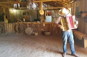 Comilança e tradição: agrotours revelam o lado rural de Gramado