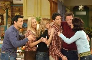 Fãs ganham exposição permanente de 'Friends' em NY e pernoite no apartamento de Monica