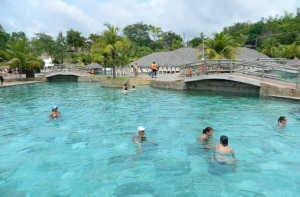 Como funciona o complexo: o resort e os parques