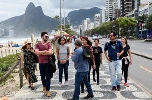 Segredos do Rio revelados em tours guiados por moradores