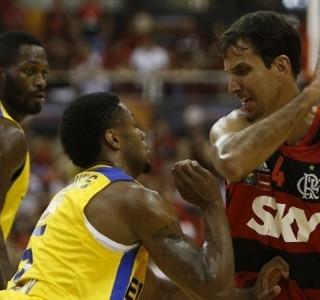 Flamengo faz história no basquete e é campeão mundial
